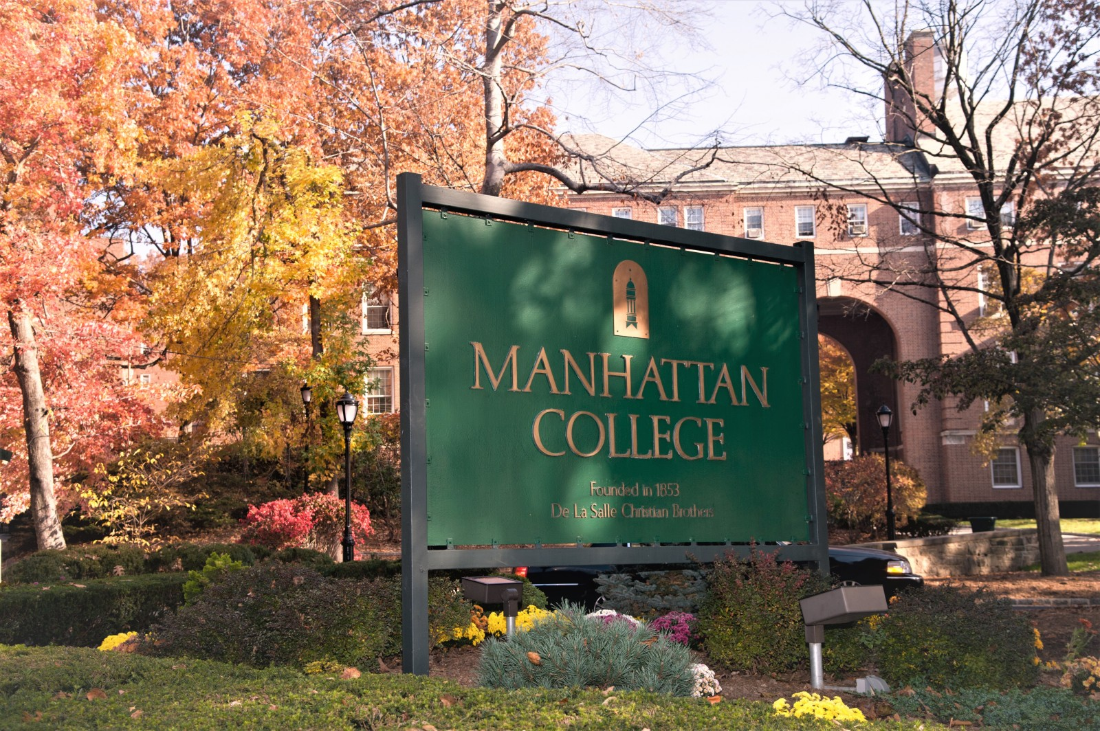 Manhattan College Main Sign at Front of College
